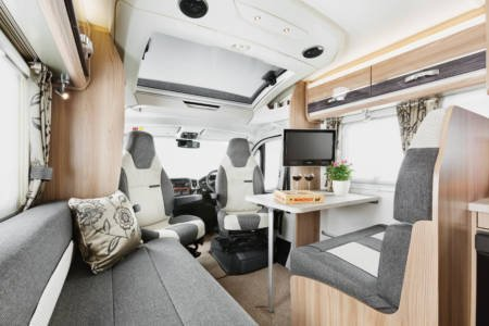 20.Images-Motorhomes-Bessacarr-INT-Bessacarr-454-Front-Lounge-RGB